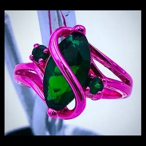 Jewelry - Pink Rhodium plated green quartz ring